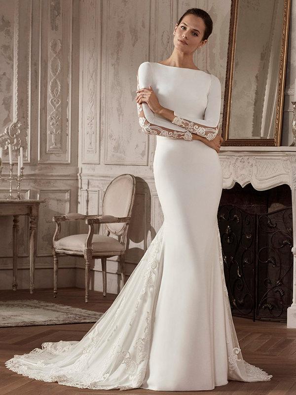 Vestido de novia sirena en crep.